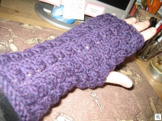 EJM Cabled Mitts-01